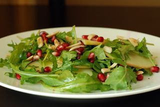 Apple pomegranate arugula salad